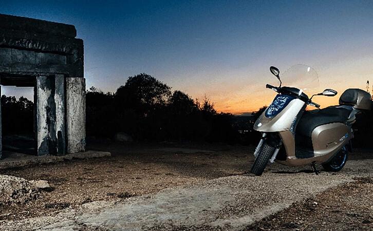 Conoce más acerca de la motoneta Eccity