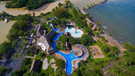 imagen aerea de hotel en guatemala